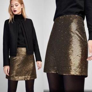 Massimo Dutti gold sequin black mini skirt